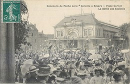 """NEVERS PLACE CARNOT CONCOURS DE PECHE DE LA """"CORCILLE """"  DEFILE DES SOCIETES 58 - Nevers"""