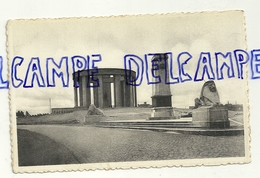 Côte Belge. Nieuport. Monument Au Roi Albert à L'Yser. IJzergedenkteeken Voor Koning Albert.NELS. Bromurite. Ern. Thill - Monuments