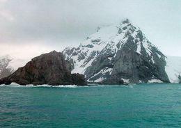 1 AK Antarctica Antarktis * Elephant Island, Point Wild - Hier Warteten Shackleton's Männer Auf Ihre Rettung * - Postcards