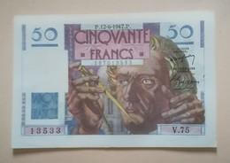 FRANCE : BILLET  50 FRANCS LE VERRIER Du 12-6-1947 -  épinglages 6 Trous,  (2 Scan) - 1871-1952 Circulated During XXth