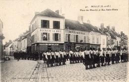 MILLY-LA-FORET PLACE DU MARCHE ET RUE SAINT-BLAISE (ZOUAVES) - Milly La Foret
