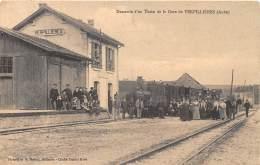 10 - AUBE / Verpillières - 103945 - Descente D'un Train - Beau Cliché Animé - France