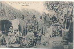 NYASALAND, Ethnique - Village Angoni - Mission Du Shiré - Malawi