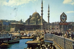 Istanbul - Ve Saheserleri - Le Pont De Galata Et La Nouvelle Mosque - Formato Grande Viaggiata Mancante Di Affrancatura - Turchia