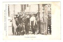 CPA 75 Paris Persécution Religieuse De 1903 Couvent Pères Rédemptoristes De Menilmontant Groupe De Défenseurs - Andere