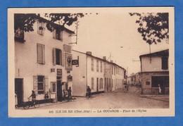 CPA - LA COUARDE - Ile De Ré - Place De L' Eglise - Epicerie - Boucherie - Nozais éditeur Nantes - Ile De Ré
