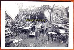 Photo ,  ILE MAURICE , MAURITIUS ,  Cyclone  Carol  1960 . - Places