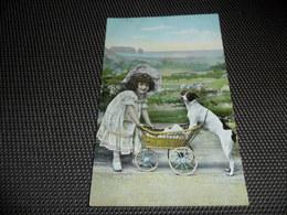 Enfant ( 2041 )  Kind  Kinderwagen  Charette D' Enfant  Chien  Hond - Jeux Et Jouets