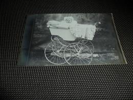Enfant ( 2043 )  Kind  Kinderwagen  Charette D' Enfant  Carte Photo  Fotokaart - Jeux Et Jouets