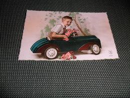 Enfant ( 2045 )  Kind  Auto  Jouet De Voiture - Jeux Et Jouets