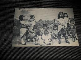 Enfants ( 2060 )  Kinderen  Enfant  Kind  Petits Soldats  Soldat  Soldaat  Soldaten - Jeux Et Jouets