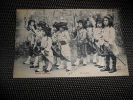 Enfants ( 2062 )  Kinderen  Enfant  Kind  Petits Soldats  Soldat  Soldaat  Soldaten - Jeux Et Jouets