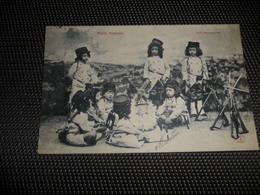 Enfants ( 2064 )  Kinderen  Enfant  Kind  Petits Soldats  Soldat  Soldaat  Soldaten - Jeux Et Jouets