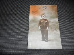 Enfant ( 2074 )  Kind  Petit  Soldat  Soldaat - Jeux Et Jouets