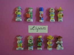 Serie Complète 10 Fèves En Porcelaine - LES ENFANTS DU MONDE 2015 ( Feve Miniature Figurine ) - Pays