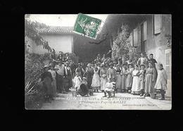 C.P.A. DE VENDANGEURS A ROMANECHE-THORINS 71 - Autres Communes