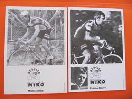 2 PHOTOS  - MERCIER MIKO - CYCLISTES : BARRY HOBAN - ANDRE MOLLET - Publicidad
