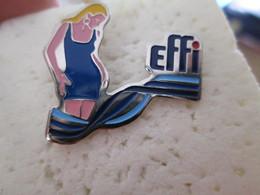 PIN'S   EFFI - Marcas Registradas