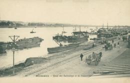 33 BORDEAUX / Quai Des Salinières Et La Passerelle / - Bordeaux