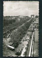 CPSM Format CPA - PARIS - L'Avenue Des Champs Elysées Vers L'Arc De Triomphe, Animé - Automobiles, Autocar - Champs-Elysées