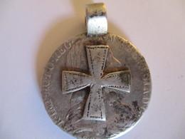 Croix éthiopienne Montée Sur Un Thaler Maria Theresa - Pendentifs