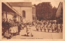 ¤¤  -  VANNES    -  La Providence   -  En Récréation    -  ¤¤ - Vannes