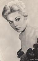 KIM NOVAK - Fotokarte Um 1950, Ränder Der Karte Beschnitten - Schauspieler