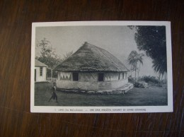 Wallis Et Futuna  - Carte Postale Ancienne De Wallis: Une Case Indigéne Servant De Grand Séminaire - Wallis Et Futuna
