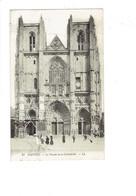 Cpa - 44 -Nantes - Façade De La Cathédrale - LL24 - Travaux échafaudage - Animation - Nantes