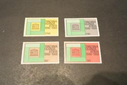 K16709 - Set MNH Tanzania - Uganda - Kenya -1966 - Unesco - UNESCO
