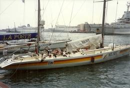 Yachts E Barche A Vela Ormeggiate Nel Porto Di Genova N. 11 Fotografie - Barche