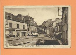 CPA  Abîmée - Pont Aven  - La Place Prise Du Pont - Pont Aven