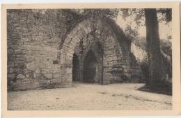 02 - Coucy Le Chateau - Le Chateau - Porte De La Basse Cour - France