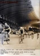 TOUR DE L'AVENIR 1964 9e ETAPE CAPBRETON HOSSEGOR BORDEAUX CHRISTIAN RAYMOND ROGER SWERTS VELODROME BELIN CYCLISME - Bordeaux
