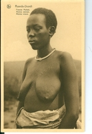 CP Ruanda-Urundi Femme Muhutu Cliché Germain Van Den Eeckhaut Nels Années 1920 Ss. Détachée D'un Carnet - Ruanda-Urundi