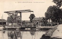 CPA Batellerie - 51 - VITRY-LE-FRANCOIS  - Pont Levis Sur Le Canal - Péniche - Vitry-le-François