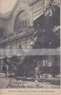 CPA  ACCIDENT DU CHEMIN DE FER DE L'OUEST A LA GARE MONTPARNASSE - Stations, Underground