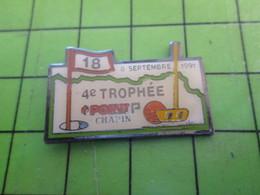 1518A Pin's Pins / Rare Et De Belle Qualité / SPORTS : TROPHEE POINT P GOLF 1991 CHAPIN De Noel ? - Golf