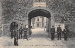 35 - Ille Et Vilaine  / Saint Malo - 351398 - Entrée De La Caserne - Saint Malo