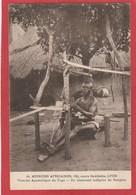 CPA: Togo - Tisserand Indigène De Sangéra - Missions Africaines - Togo