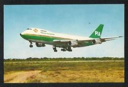 Pakistan PIA International Airline Picture Postcard  View Card - Pakistan