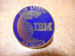 A018 -- Pin's IBM Club Sportif - Computers