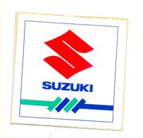 SUZUKI 10. X 10.0 Cm - Stickers