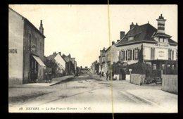 Nevers: La Rue Francis Garnier - Nevers