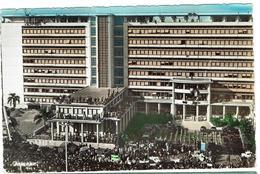 CPA - ALGERIE - ALGER - Le Forum Un Jour De Mai 1958 - Couleurs- - Alger
