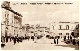 [DC7558] CPA - BASILICATA - MATERA - PIAZZA VITTORIO VENETO E PALAZZO DEL GOVERNO - Non Viaggiata - Old Postcard - Matera
