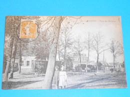 11 ) Busigny - N° 29 - Place Des Berceaux -  Année 1920 -  EDIT - - France