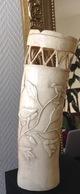 Rare Grand Rince Pinceaux Ou Vase Ivoire élephant Décor Grues Japon XIXe Meiji. - Asian Art