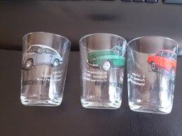 3 Verres Représentant Porshe 912,Alfa Roméo 2600 Et Ferrari 330 - Glasses