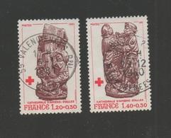 FRANCE 1980  CROIX-ROUGE   N° YT 2116 & 2117  -  Stalles Cathédrale D'Amiens - Oblitéré - France